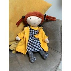 Lalka Helenka w sukience i płaszczyku