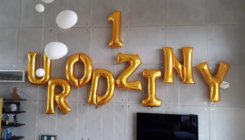 Napis z balonów na 1 urodziny dziecka - Balony z Helem